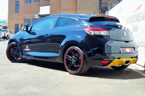 2013 renault megane rs 265 sport red bull racing edition rb7 coupe woodmead auto high. Black Bedroom Furniture Sets. Home Design Ideas
