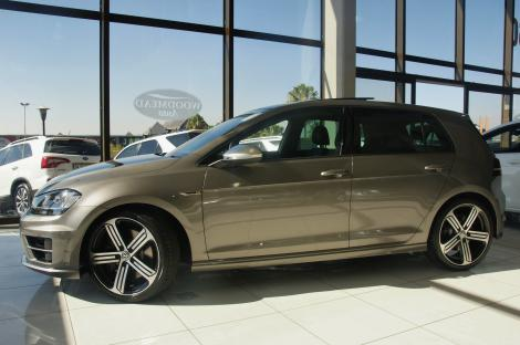 2015 vw golf 7 gti r dsg 4motion hatchback woodmead auto high performance luxury cars suv. Black Bedroom Furniture Sets. Home Design Ideas